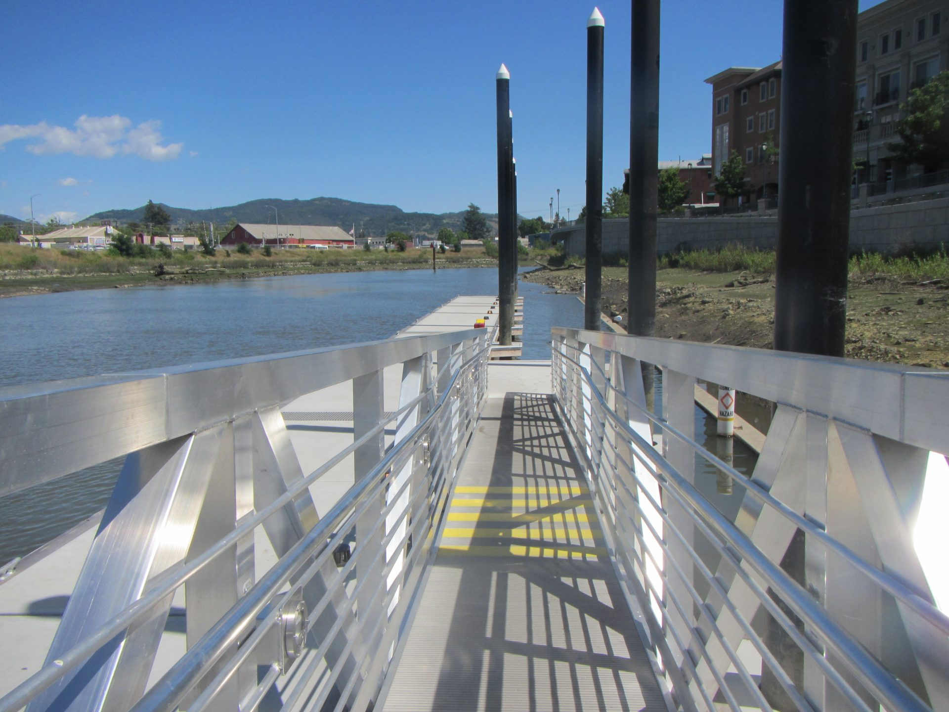 Ramp to floating dock